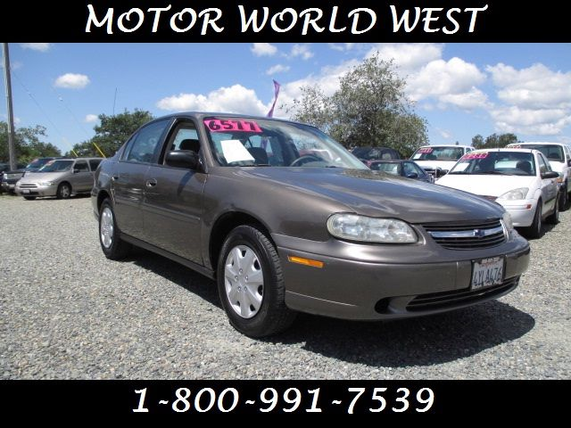 Used 2001 chevrolet malibu for sale for Motor world used cars
