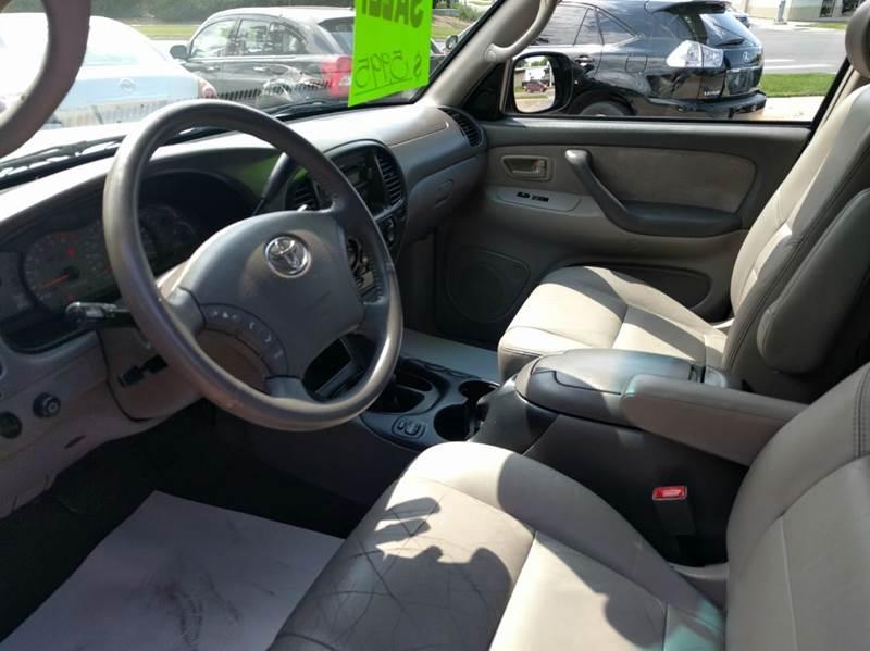 2003 Toyota Sequoia SR5 4WD 4dr SUV - Lincoln NE