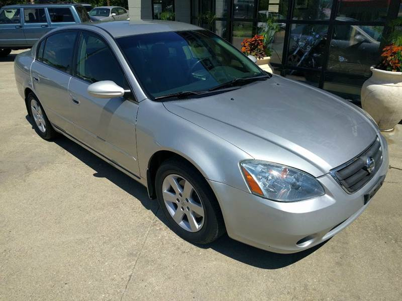 2002 Nissan Altima 2.5 SL 4dr Sedan - Lincoln NE