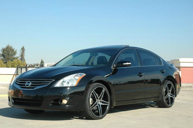 2011 nissan altima 3 5 sr 4dr sedan in hayward ca direct. Black Bedroom Furniture Sets. Home Design Ideas