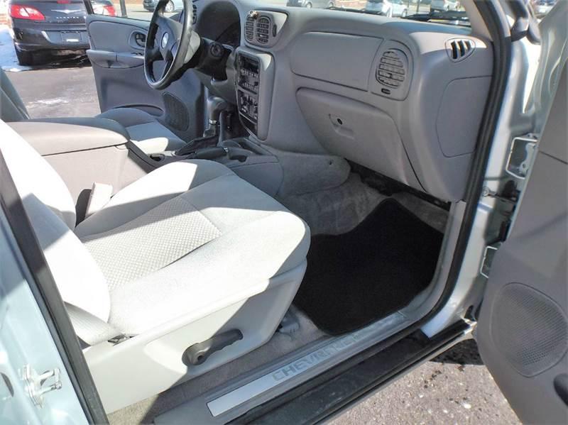 2008 Chevrolet TrailBlazer 4x4 LT1 4dr SUV - North Canton OH