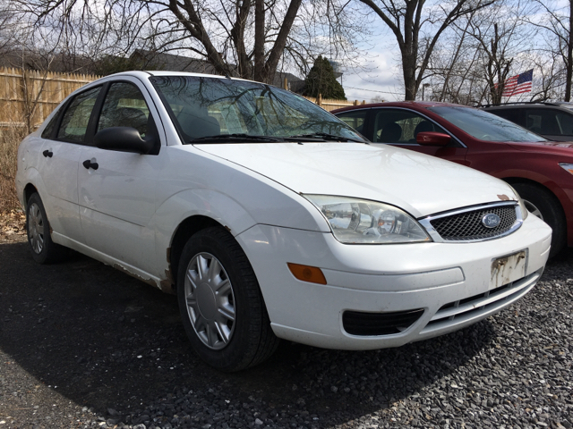 2005 ford focus zx4 s 4dr sedan in poughkeepsie ny auto. Black Bedroom Furniture Sets. Home Design Ideas