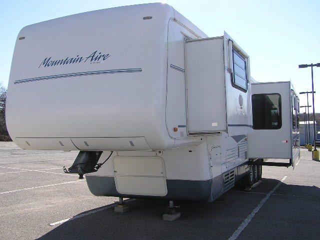 1997 Mountain Aire 36LDS