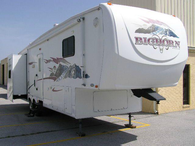 2007 Heartland Big Horn 3055RL