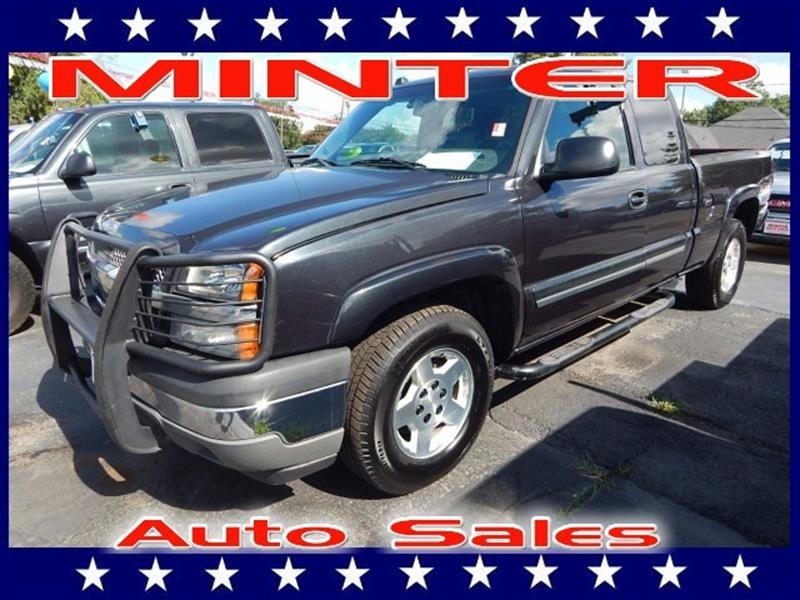 2005 CHEVROLET SILVERADO 1500 4WD EXTENDED CAB STANDARD BOX special paint air conditioning dual-