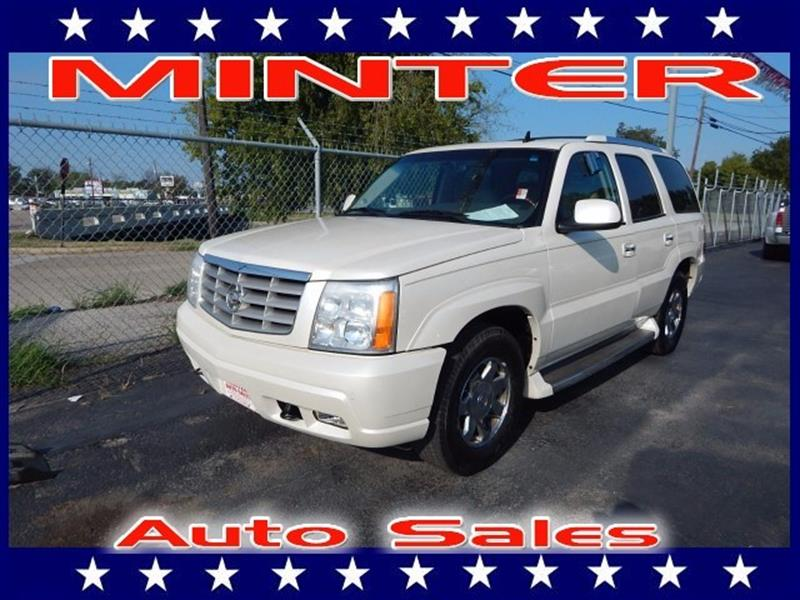 2006 CADILLAC ESCALADE BASE 4DR SUV white diamond antenna front and integral rearassist handle