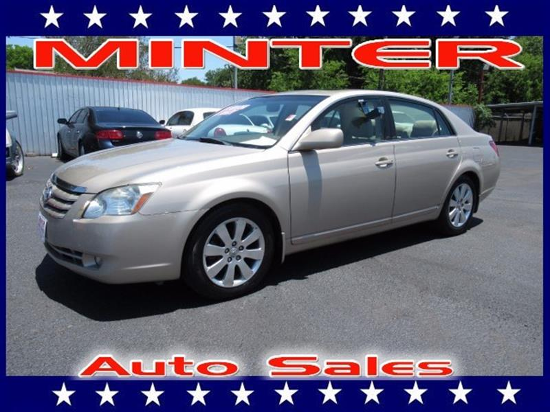 2006 TOYOTA AVALON SEDAN XLS desert sand mica 2 12-volt auxiliary pwr outlets5 passenger seati