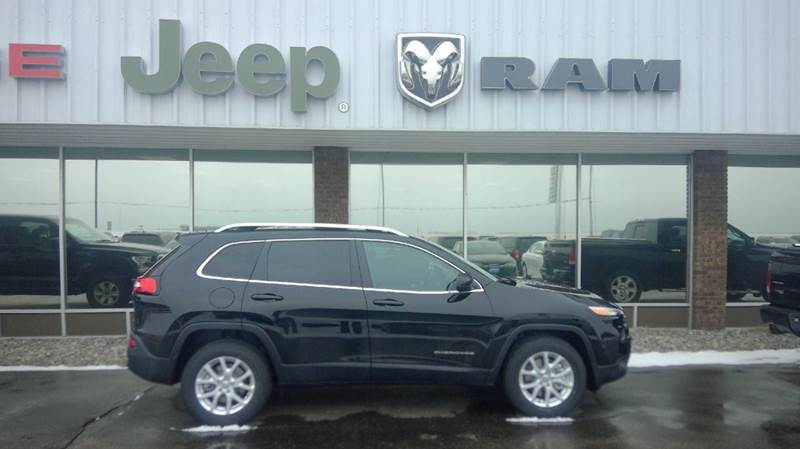 2017 jeep cherokee latitude 4x4 4dr suv in wahpeton nd dakota chrysler center. Black Bedroom Furniture Sets. Home Design Ideas