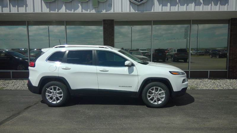 2016 Jeep Cherokee 4x4 Latitude 4dr Suv In Wahpeton Nd