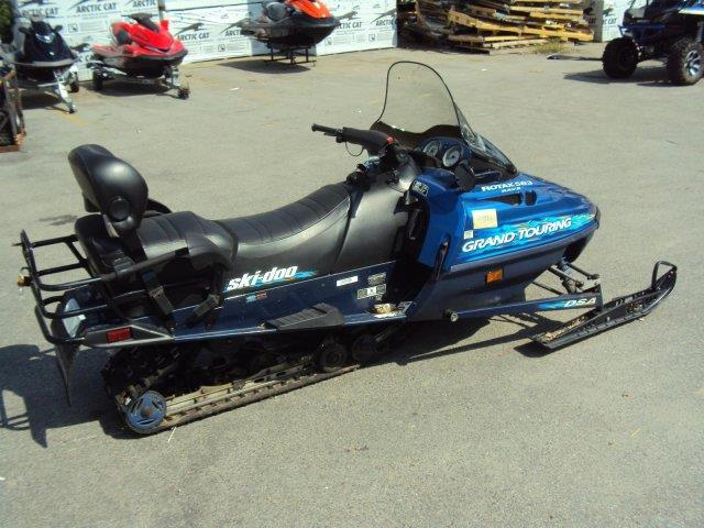 1998 Ski-Doo Grand Touring 583  - NORTH CHELMSFORD MA