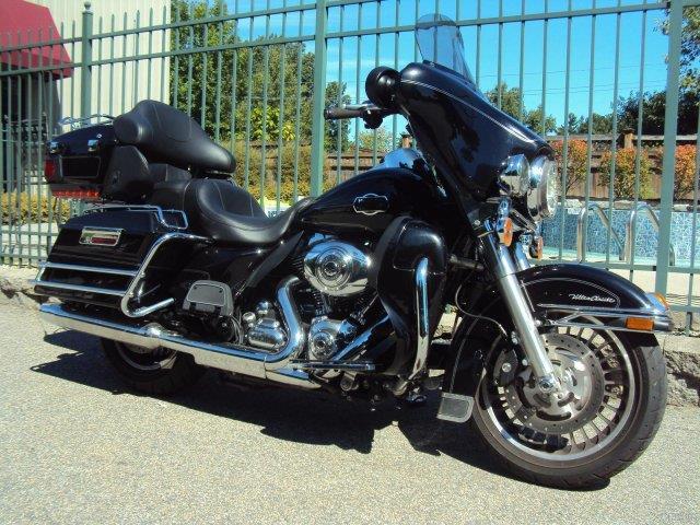 2011 Harley-Davidson® FLHTCU Ultra Classic Electra G
