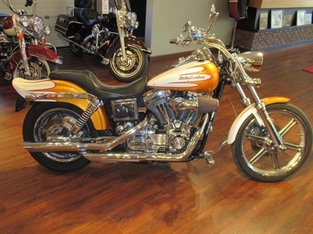 2005 Harley-Davidson® FXDWGI
