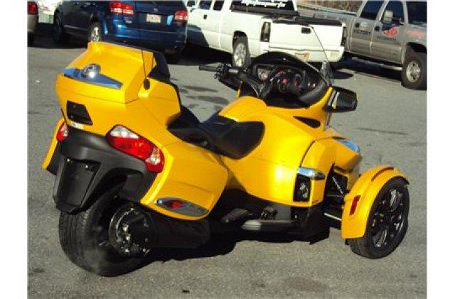2013 Can-Am™ Spyder RTS - NORTH CHELMSFORD MA