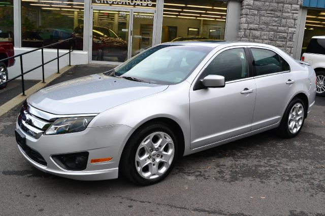 2011 FORD FUSION SE ingot silver metallic 2011 ford fusion se sedan full power power moonroof