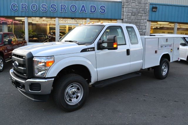 2013 FORD F350 XL SUPERCAB 4WD UTILITY BODY oxford white new 2013 ford f-350 supercab utility body