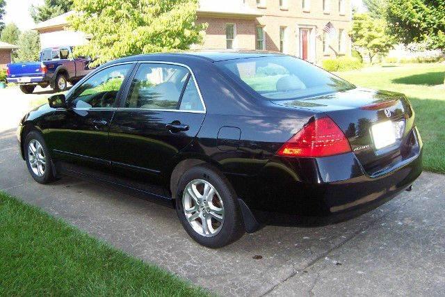 2007 Honda Accord EX 4dr Sedan (2.4L I4 5A) - Nicholasville KY