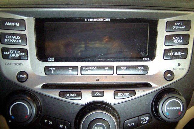 2006 Honda Accord EX V-6 4dr Sedan 5A - Nicholasville KY