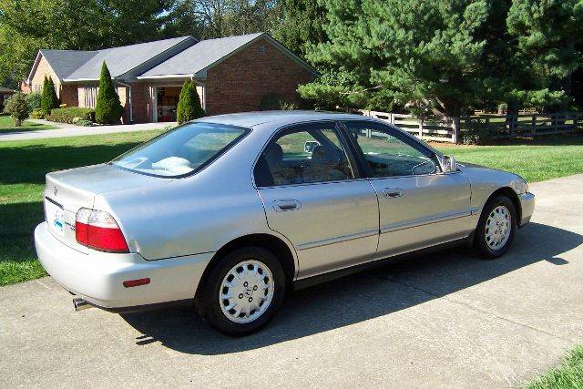 1997 Honda Accord EX 4dr Sedan - Nicholasville KY