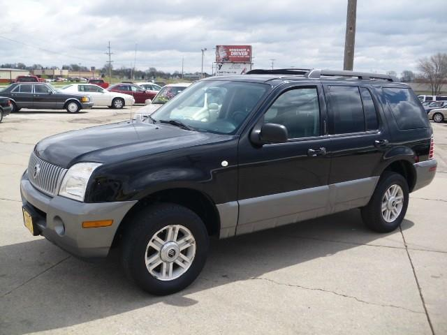 2005 mercury mountaineer for sale in marion ia. Black Bedroom Furniture Sets. Home Design Ideas