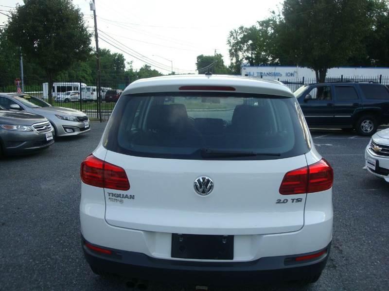 2012 Volkswagen Tiguan S 4dr SUV 6M - Lanham MD