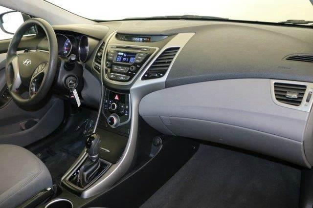 2014 Hyundai Elantra SE 4dr Sedan - Chicago IL