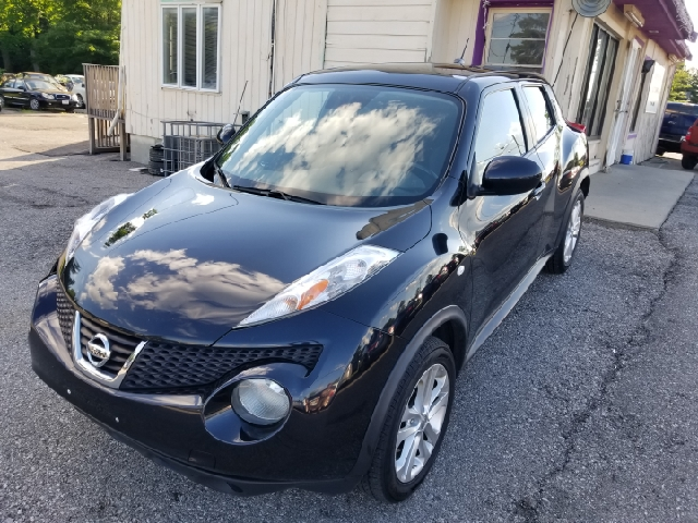 2011 Nissan JUKE AWD SV 4dr Crossover - Amelia OH