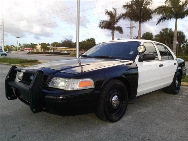 Used 2006 Ford Crown Victoria Police Interceptor In