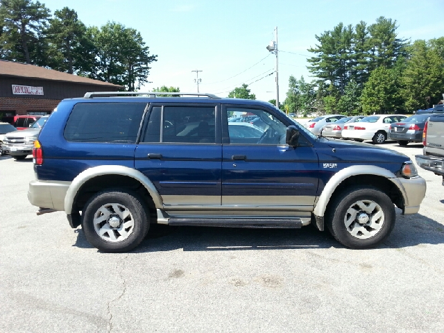 2001 mitsubishi montero sport xls 4wd 4dr suv in plaistow nh official auto sales. Black Bedroom Furniture Sets. Home Design Ideas