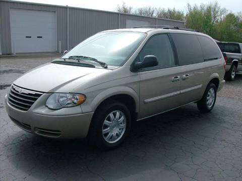 2007 Chrysler Town and Country for sale in Union City, OH