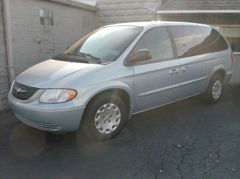 2001 Chrysler Town and Country for sale in Union City, OH