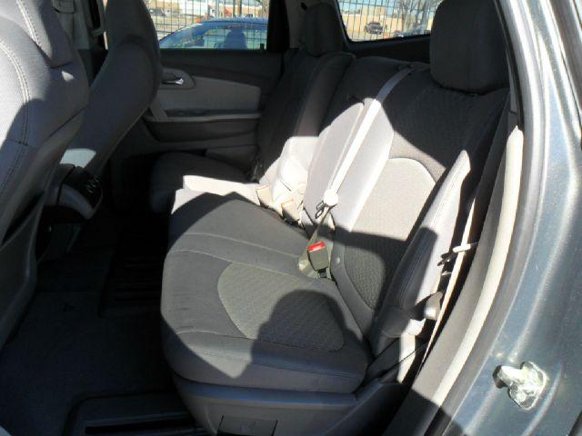 2010 Chevrolet Traverse Lt 4dr Suv W 1lt In El Paso El