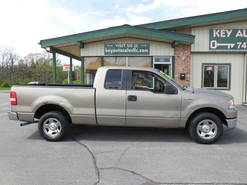 2005 Ford F-150 4dr SuperCab XLT Rwd Styleside 6.5 ft. SB - Fort Wayne IN