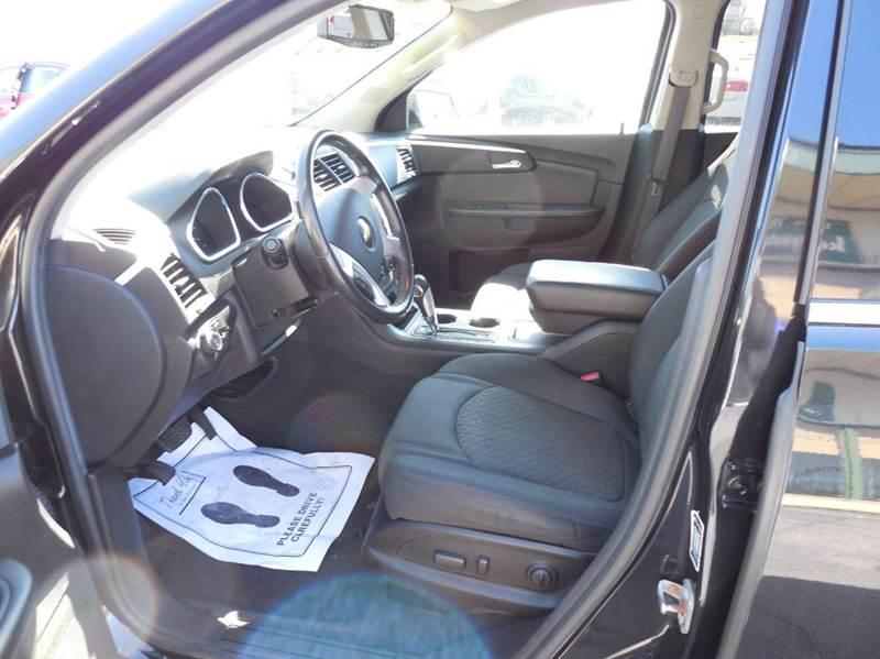 2010 Chevrolet Traverse LT 4dr SUV w/2LT - Fort Wayne IN