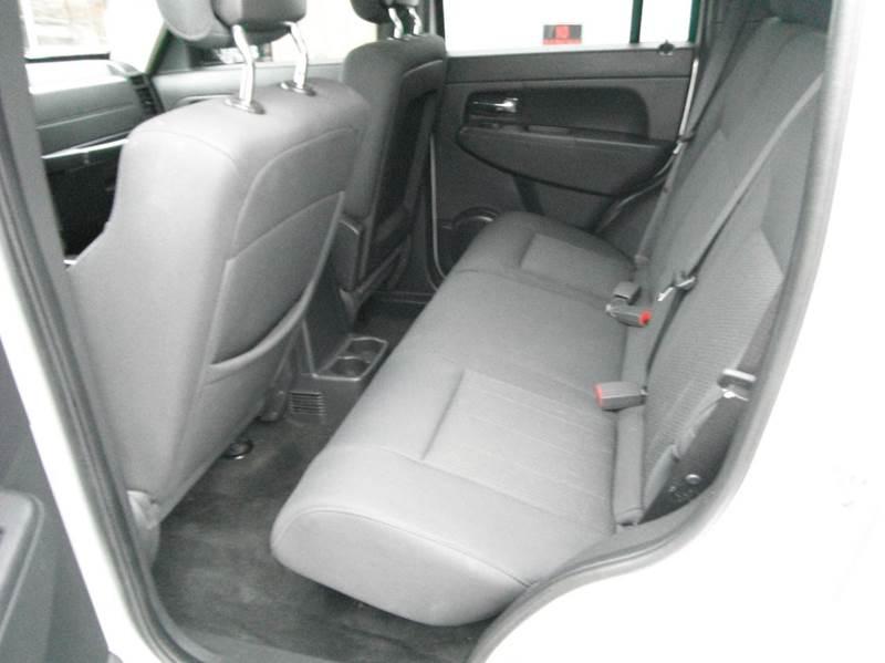 2012 Jeep Liberty 4x4 Sport 4dr SUV - Racine WI
