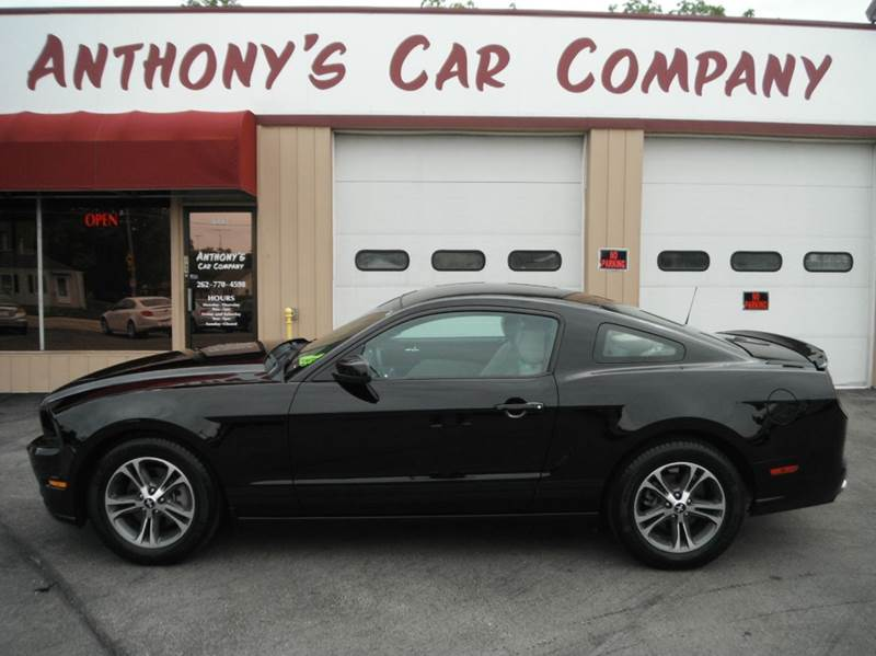 2014 Ford Mustang V6 Premium 2dr Coupe - Racine WI