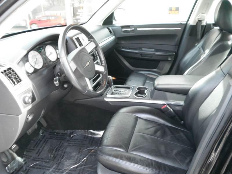 2010 Chrysler 300 Touring 4dr Sedan - Racine WI