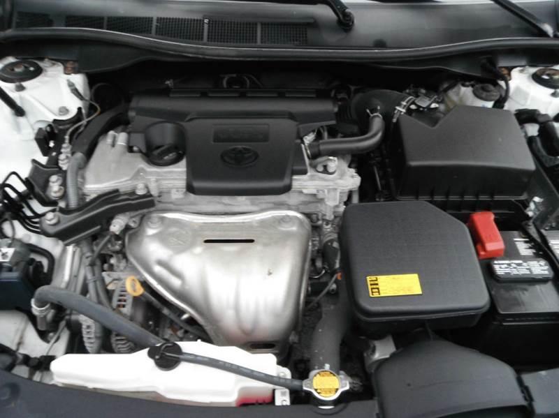 2014 Toyota Camry LE 4dr Sedan - Racine WI
