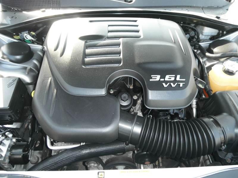2011 Dodge Charger SE 4dr Sedan - Racine WI