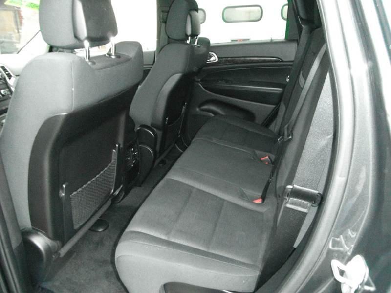 2011 Jeep Grand Cherokee 4x4 Laredo 4dr SUV - Racine WI