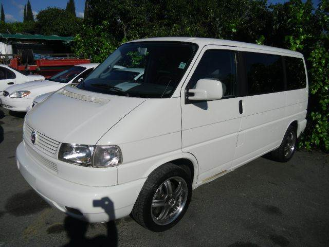 2001 VOLKSWAGEN EUROVAN GLS white abs brakesair conditioningalloy wheelsamfm radioanti-brake