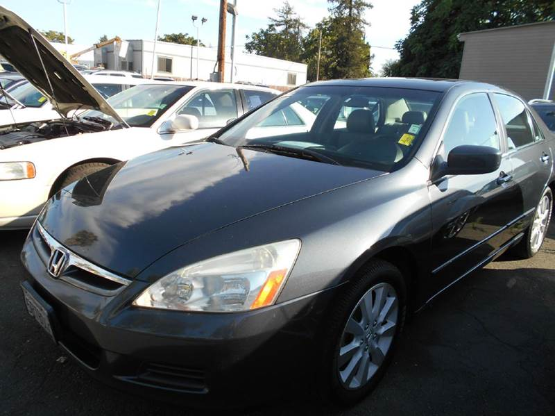 2006 HONDA ACCORD EX V-6 4DR SEDAN 5A charcoal abs - 4-wheel air filtration airbag deactivation