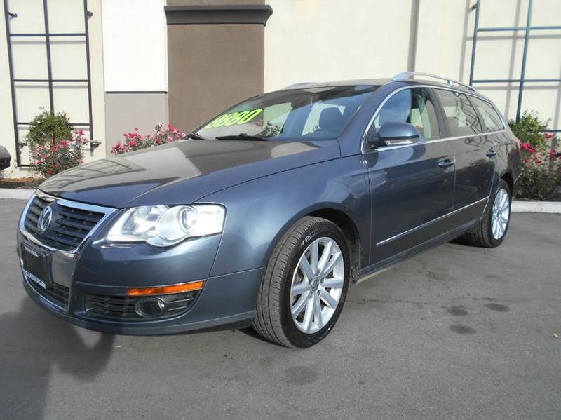 2010 VOLKSWAGEN PASSAT KOMFORT PZEV 4DR WAGON charcol abs - 4-wheel air filtration airbag deact