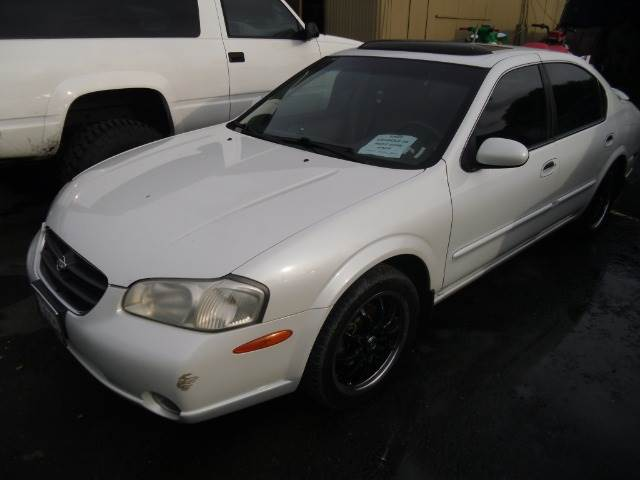 2000 NISSAN MAXIMA GLE white abs brakesair conditioningalloy wheelsamfm radioanti-brake syste