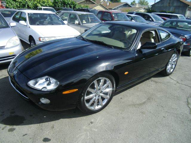 2005 JAGUAR XK-SERIES XK8 2DR COUPE black 18 inch wheels abs - 4-wheel alloy wheels anti-theft