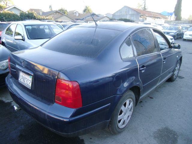 2000 VOLKSWAGEN PASSAT GLS V6