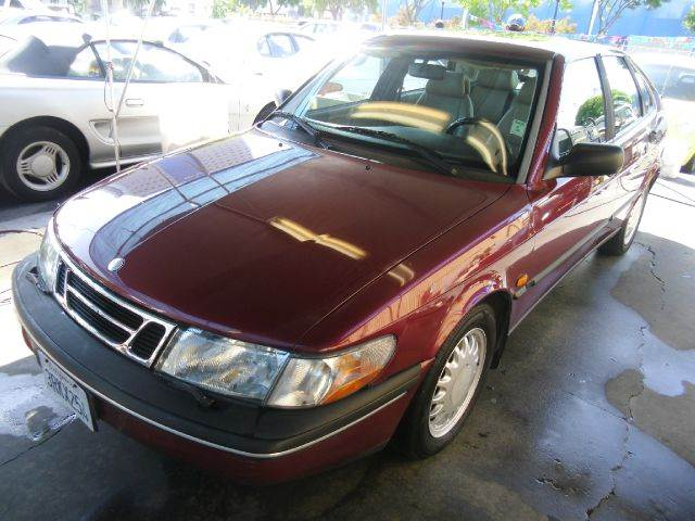 1996 SAAB 900 S 4DR HATCHBACK red front air dam front air conditioning center console cruise co