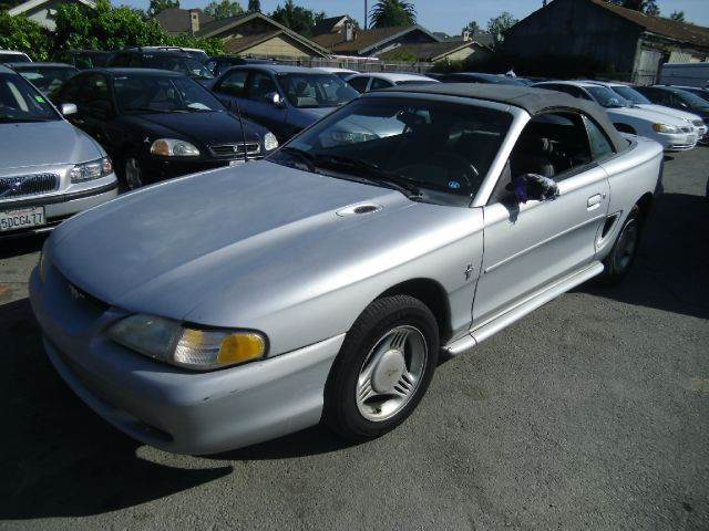 1995 FORD MUSTANG 2DR STD CONVERTIBLE silver 15 inch wheels exterior mirrors - power front airba