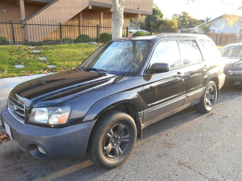 2005 SUBARU FORESTER AWD black air conditioning all wheel drive amfm radio wcd player cruise