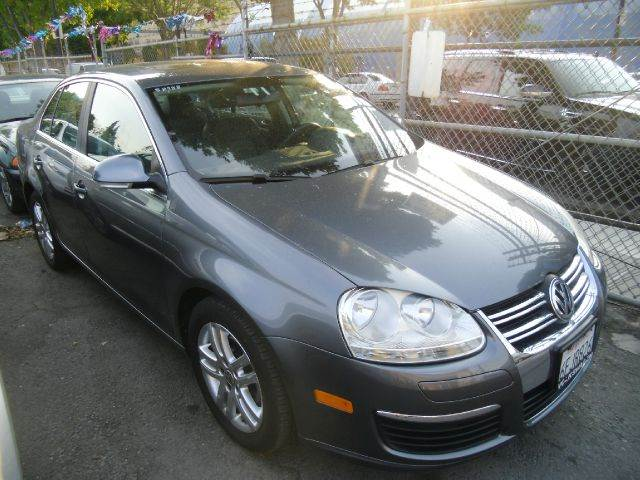 2006 VOLKSWAGEN JETTA TDI 4DR SEDAN 19L I4 6A gray abs - 4-wheel active head restraint adjust