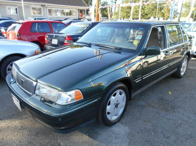 1996 VOLVO 960 BASE 4DR SEDAN